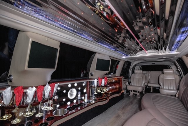 An image showing the inside of the Lincoln Navigator Stretch Limo